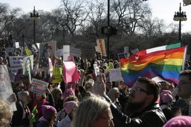 Crowd moving toward Michigan Ave.